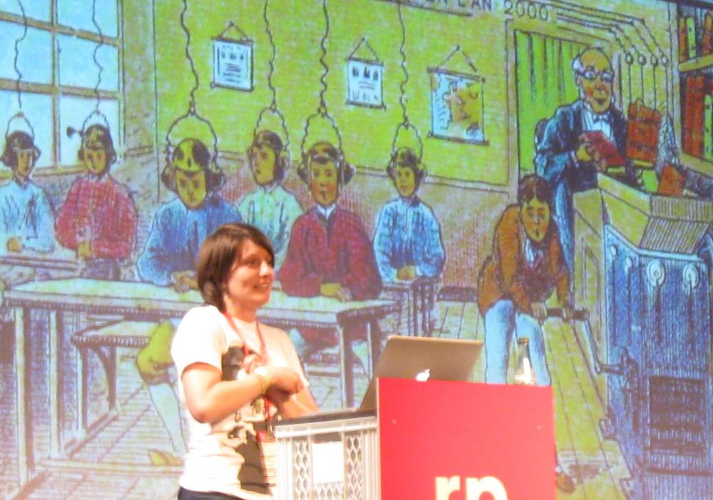 Dorothea Martin erläutert Zukunftsträume aus dem 19. Jahrhundert