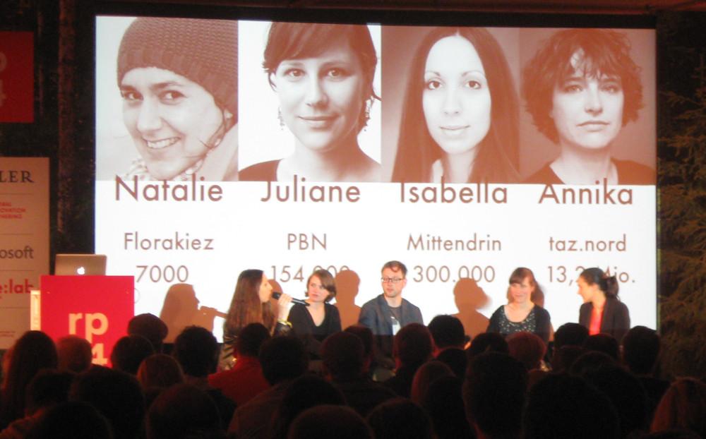 Diskutierten über Lokaljournalismus im Web und seine Monetarisierung: Isabella David, Annika Stenzel, Juliane Wiedemeier, Natalie Tenberg